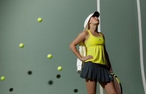 Картинка: ракетка, теннисистка, мячи