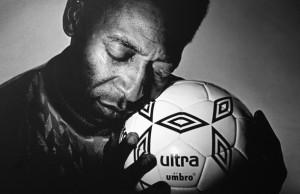 pel-soccer-ball-love-black