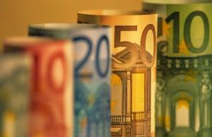 700-86933© Bryan ReinhartRolled European Currency