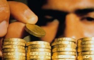 Vyisokie-protsentnyie-stavki-po-vkladam-pokidayut-ukrainskie-banki-e1363768624623